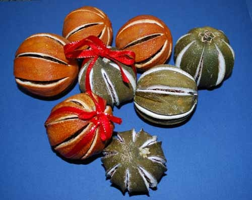 Christmas Citrus Baubles – how do you make them? | Fruit Forum